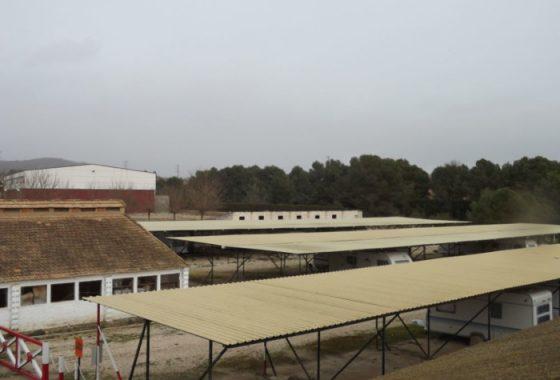Parking caravanas en tarragona for Camping tarragona piscina cubierta